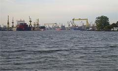 Seehafen mit Werftanlagen, Stettin
